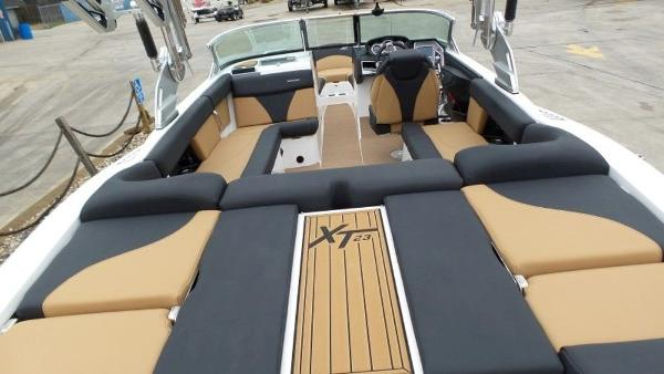 2020 Mastercraft boat for sale, model of the boat is XT23 & Image # 21 of 39