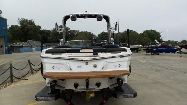 2020 Mastercraft boat for sale, model of the boat is XT23 & Image # 24 of 39
