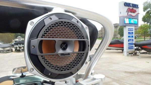 2020 Mastercraft boat for sale, model of the boat is XT23 & Image # 37 of 39