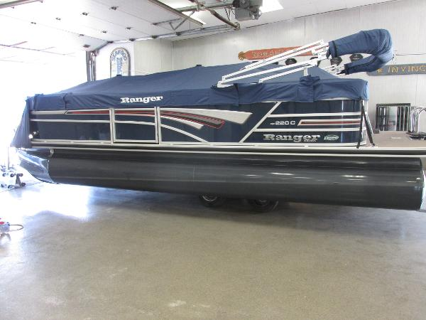 2021 Ranger Boats boat for sale, model of the boat is 220 Cruise & Image # 1 of 22