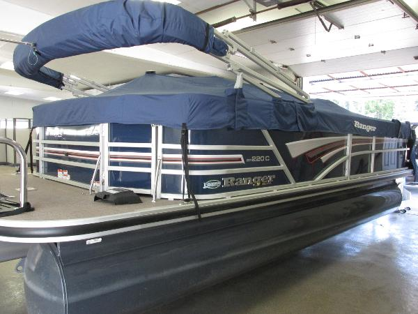 2021 Ranger Boats boat for sale, model of the boat is 220 Cruise & Image # 5 of 22