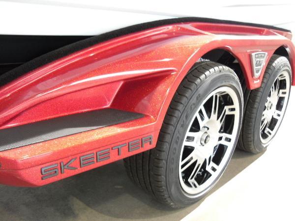 2021 Skeeter boat for sale, model of the boat is FXR20 Limited & Image # 28 of 45