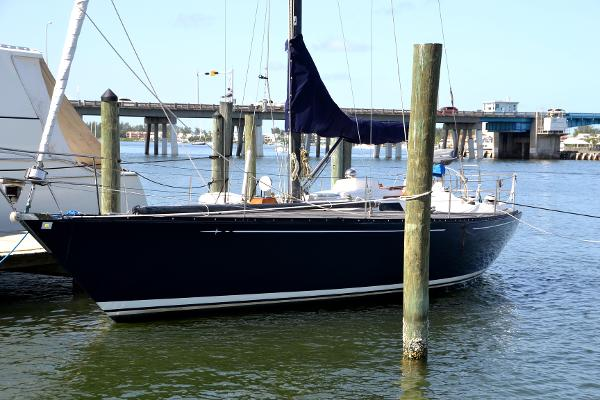 39' Baltic, Listing Number 100854638, - Photo No. 4