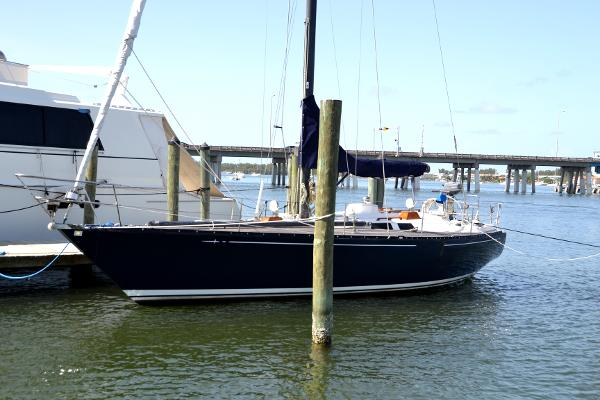 39' Baltic, Listing Number 100854638, - Photo No. 3