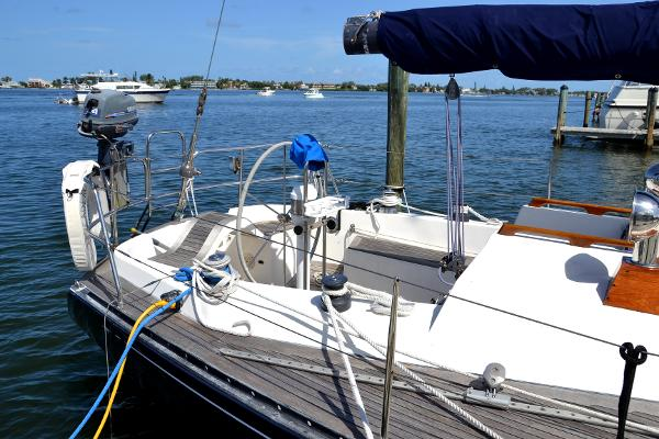 39' Baltic, Listing Number 100854638, - Photo No. 9