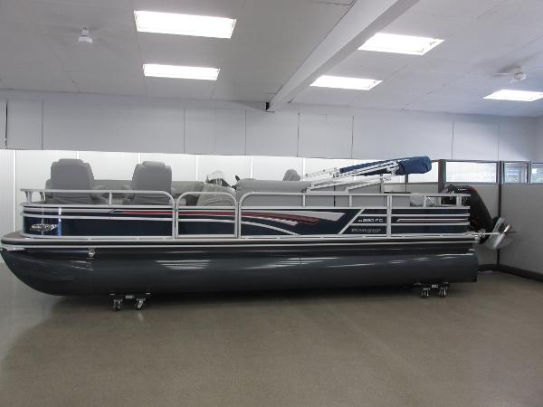 2021 Ranger Boats boat for sale, model of the boat is 220FC Fish & Cruise & Image # 1 of 23