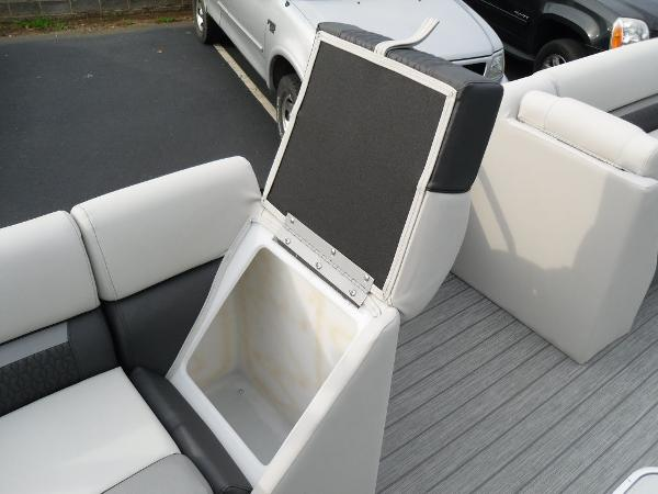 2021 Godfrey Pontoon boat for sale, model of the boat is SW 2286 SFL GTP 27 in. & Image # 3 of 30