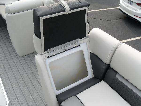 2021 Godfrey Pontoon boat for sale, model of the boat is SW 2286 SFL GTP 27 in. & Image # 4 of 30
