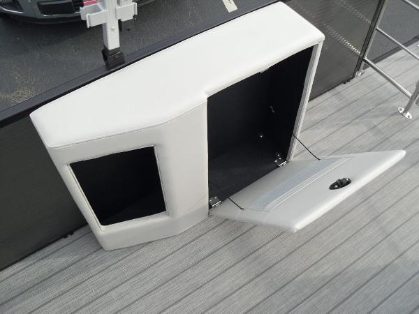 2021 Godfrey Pontoon boat for sale, model of the boat is SW 2286 SFL GTP 27 in. & Image # 14 of 30