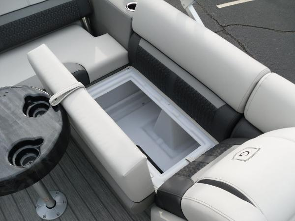 2021 Godfrey Pontoon boat for sale, model of the boat is SW 2286 SFL GTP 27 in. & Image # 16 of 30
