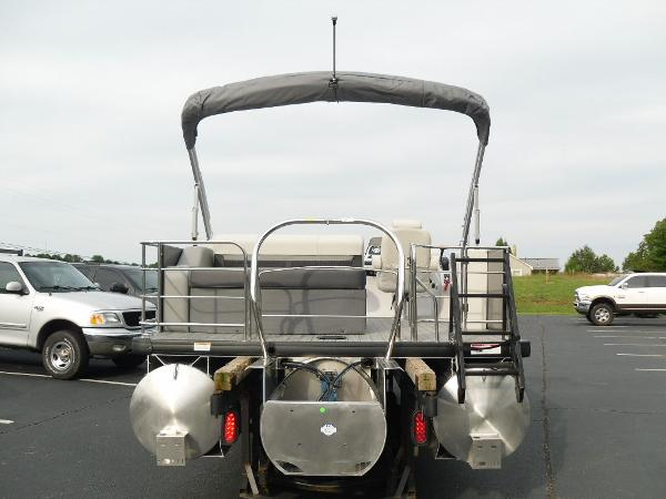 2021 Godfrey Pontoon boat for sale, model of the boat is SW 2286 SFL GTP 27 in. & Image # 17 of 30