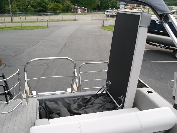 2021 Godfrey Pontoon boat for sale, model of the boat is SW 2286 SFL GTP 27 in. & Image # 20 of 30