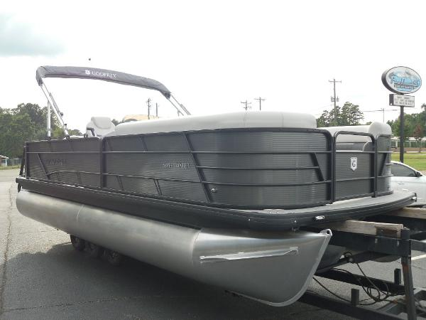 2021 Godfrey Pontoon boat for sale, model of the boat is SW 2286 SFL GTP 27 in. & Image # 24 of 30
