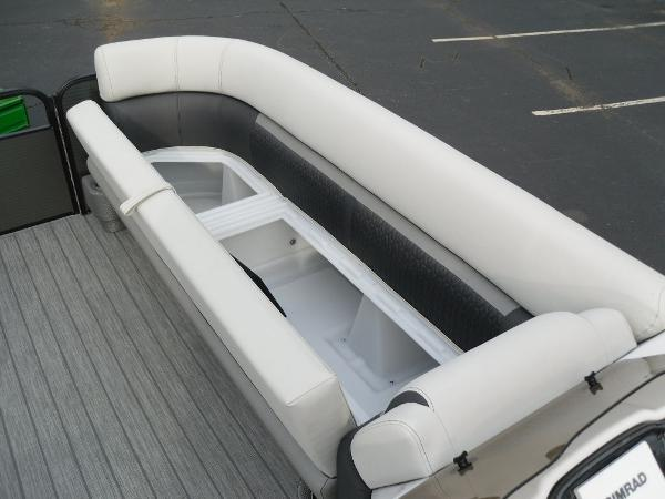 2021 Godfrey Pontoon boat for sale, model of the boat is SW 2286 SFL GTP 27 in. & Image # 25 of 30