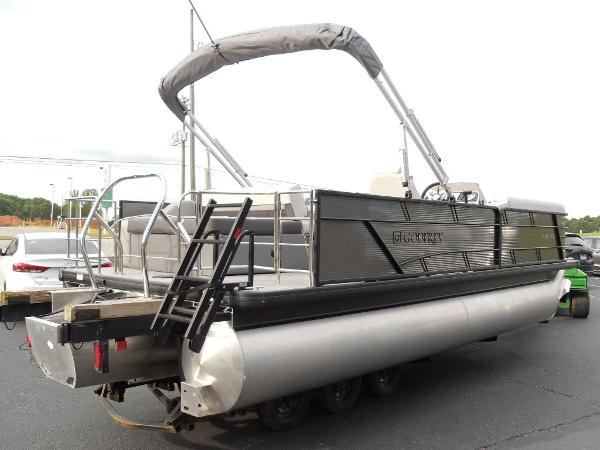 2021 Godfrey Pontoon boat for sale, model of the boat is SW 2286 SFL GTP 27 in. & Image # 28 of 30