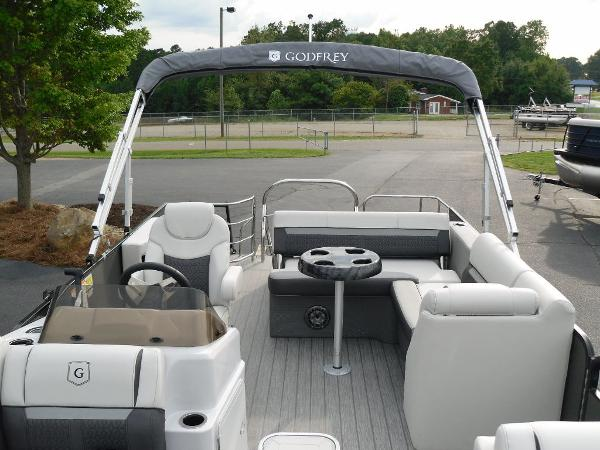2021 Godfrey Pontoon boat for sale, model of the boat is SW 2286 SFL GTP 27 in. & Image # 29 of 30
