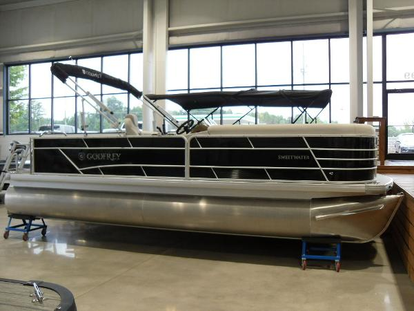 2021 Godfrey Pontoon boat for sale, model of the boat is SW 2286 SFL Sport Tube 27 in. & Image # 2 of 24