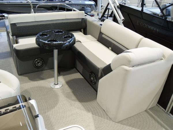 2021 Godfrey Pontoon boat for sale, model of the boat is SW 2286 SFL Sport Tube 27 in. & Image # 21 of 24