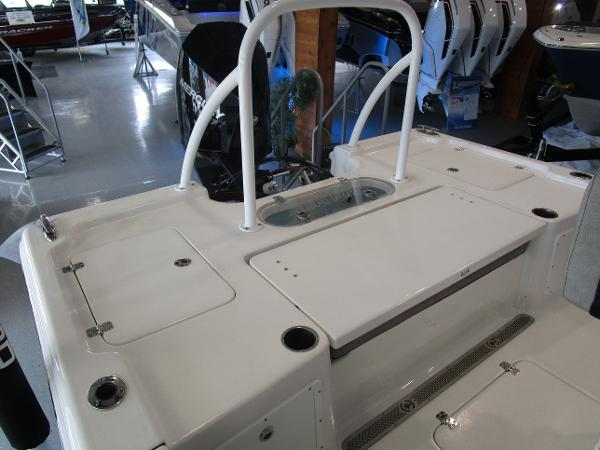 2021 Sea Pro boat for sale, model of the boat is 248 DLX BAY & Image # 8 of 34