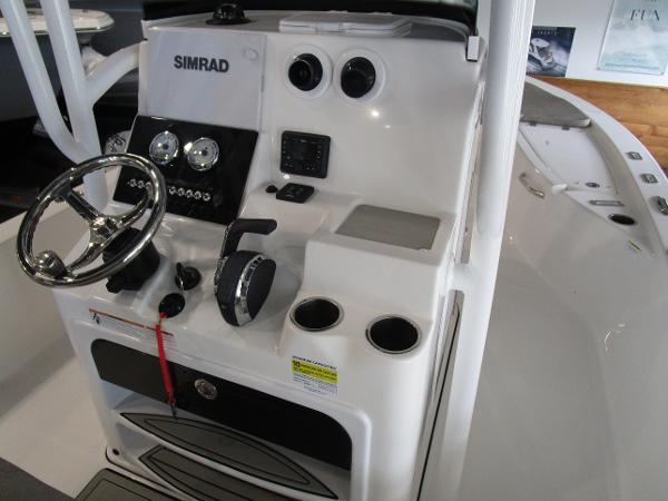 2021 Sea Pro boat for sale, model of the boat is 248 DLX BAY & Image # 16 of 34