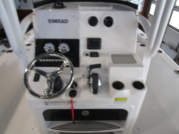 2021 Sea Pro boat for sale, model of the boat is 248 DLX BAY & Image # 17 of 34