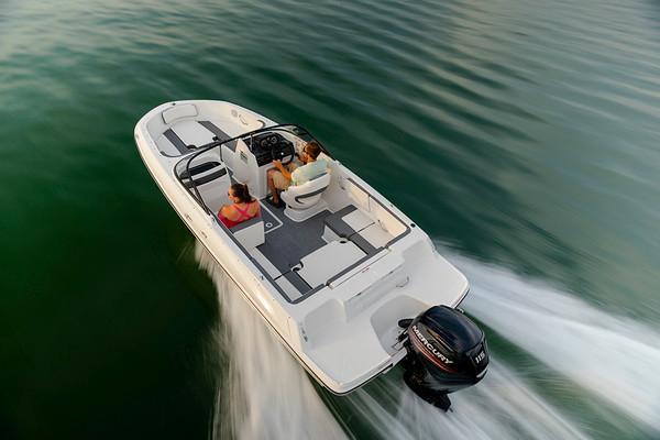 2022 Bayliner VR4 Outboard