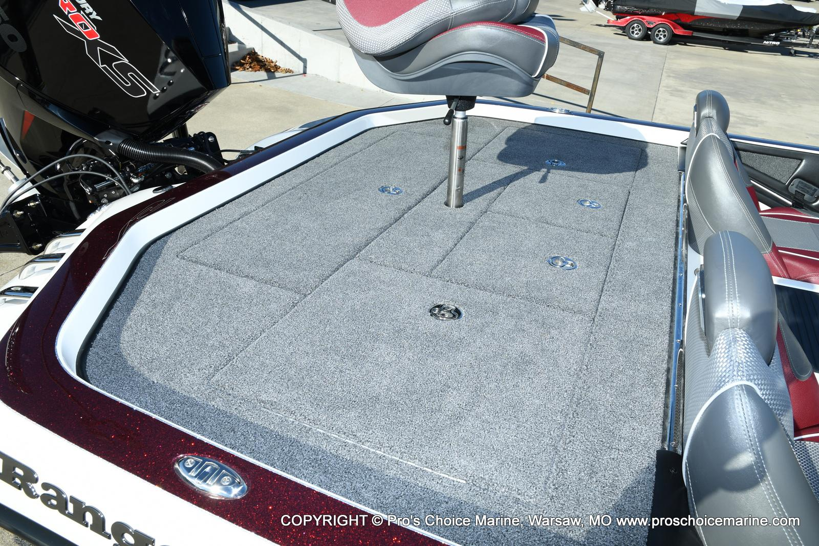 2021 Ranger Boats boat for sale, model of the boat is Z521C Ranger Cup Equipped DUAL CONSOLE & Image # 26 of 50
