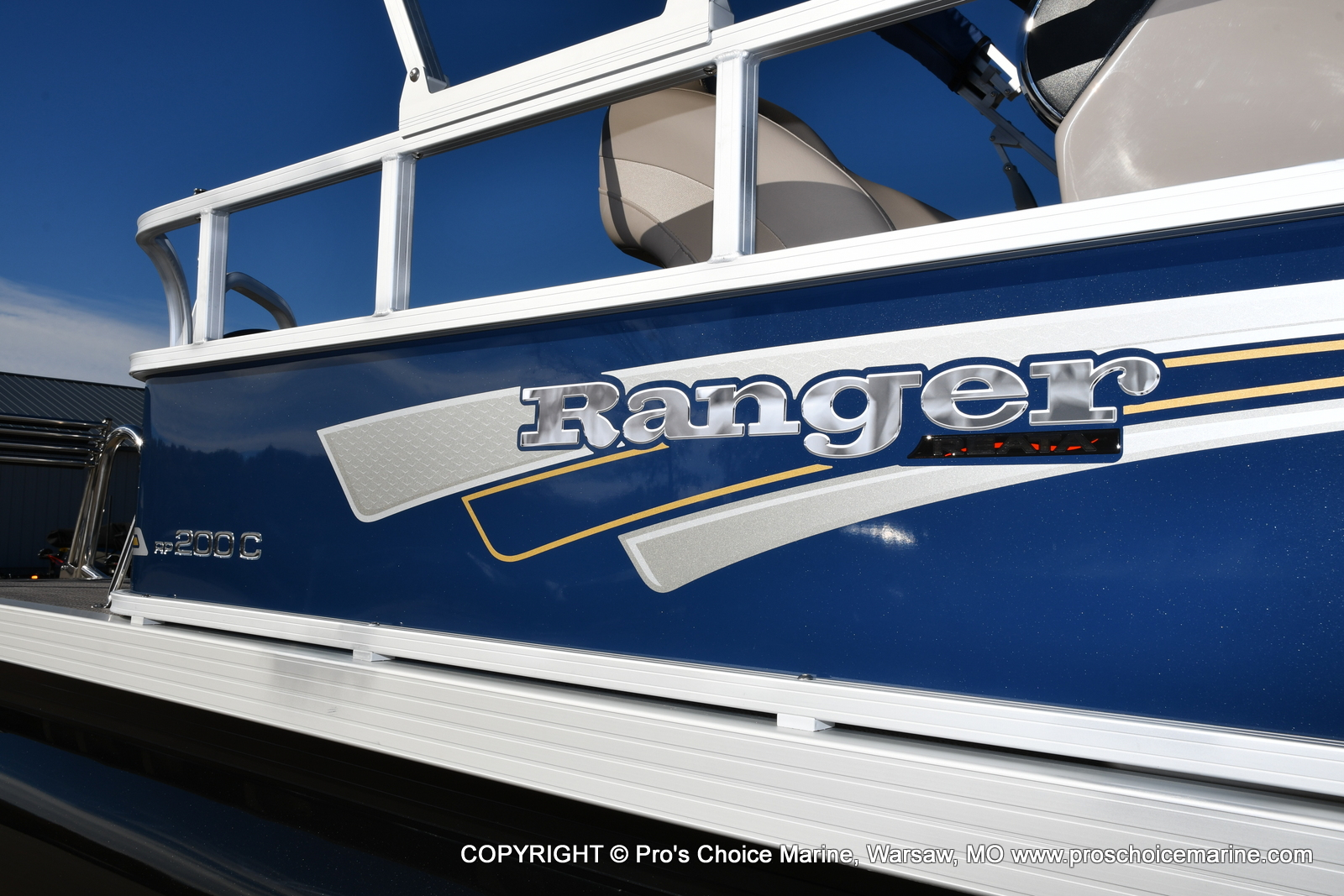 2021 Ranger Boats boat for sale, model of the boat is 200C CRUISE & Image # 2 of 50