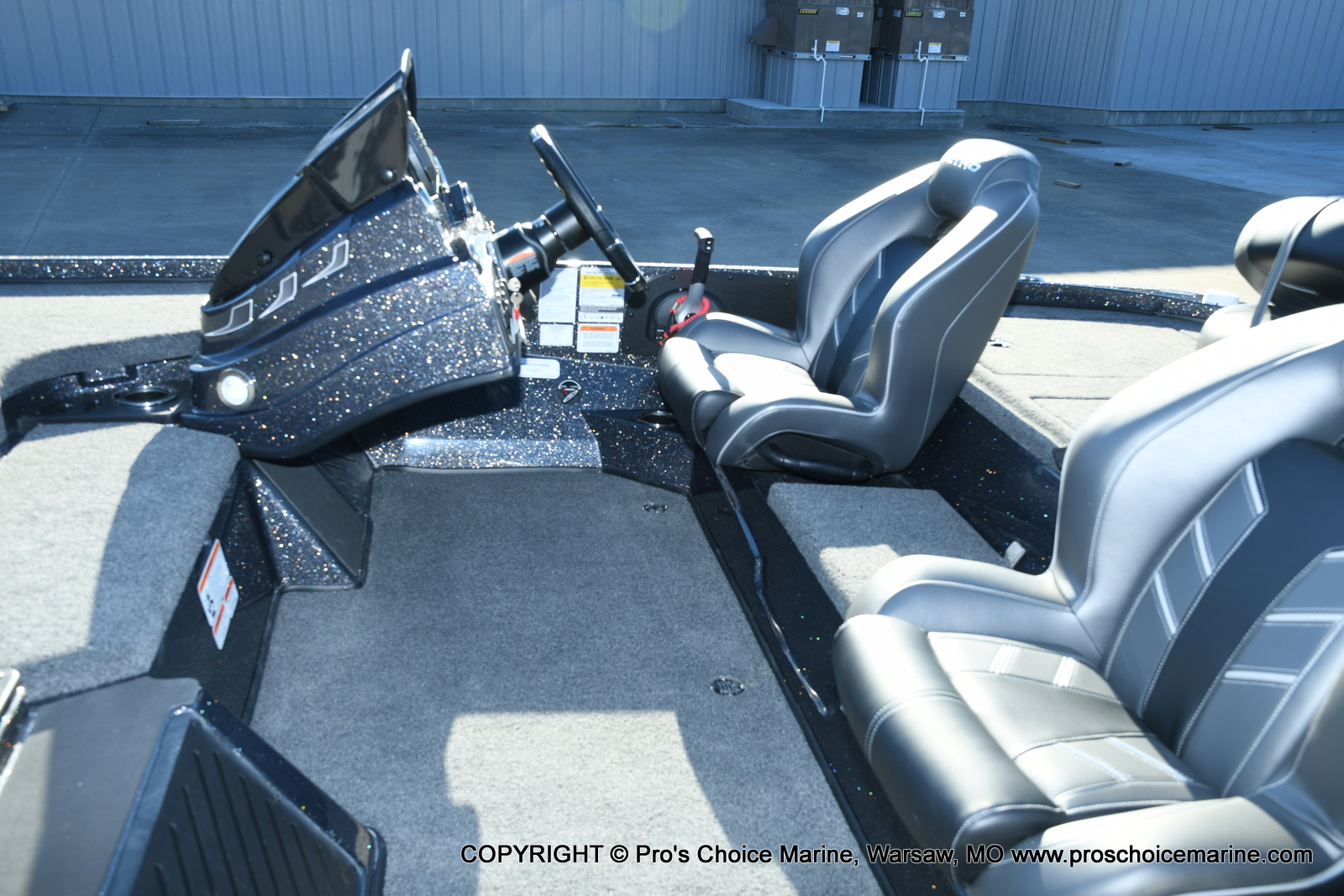 2021 Nitro boat for sale, model of the boat is Z18 Pro Pack w/175HP Pro-XS & Image # 17 of 50