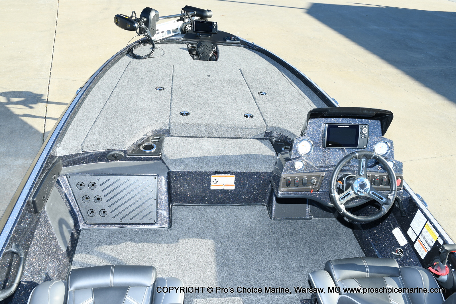 2021 Nitro boat for sale, model of the boat is Z18 Pro Pack w/175HP Pro-XS & Image # 40 of 50