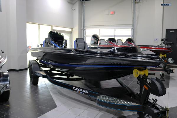 2021 Caymas CX20 thumbnail