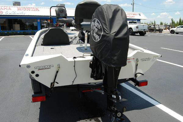 2021 Tracker Boats boat for sale, model of the boat is PT175 & Image # 5 of 11