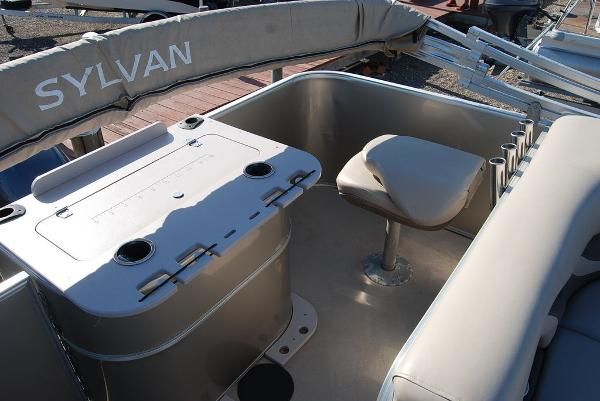 2016 Sylvan boat for sale, model of the boat is Mirage 8520 & Image # 10 of 11