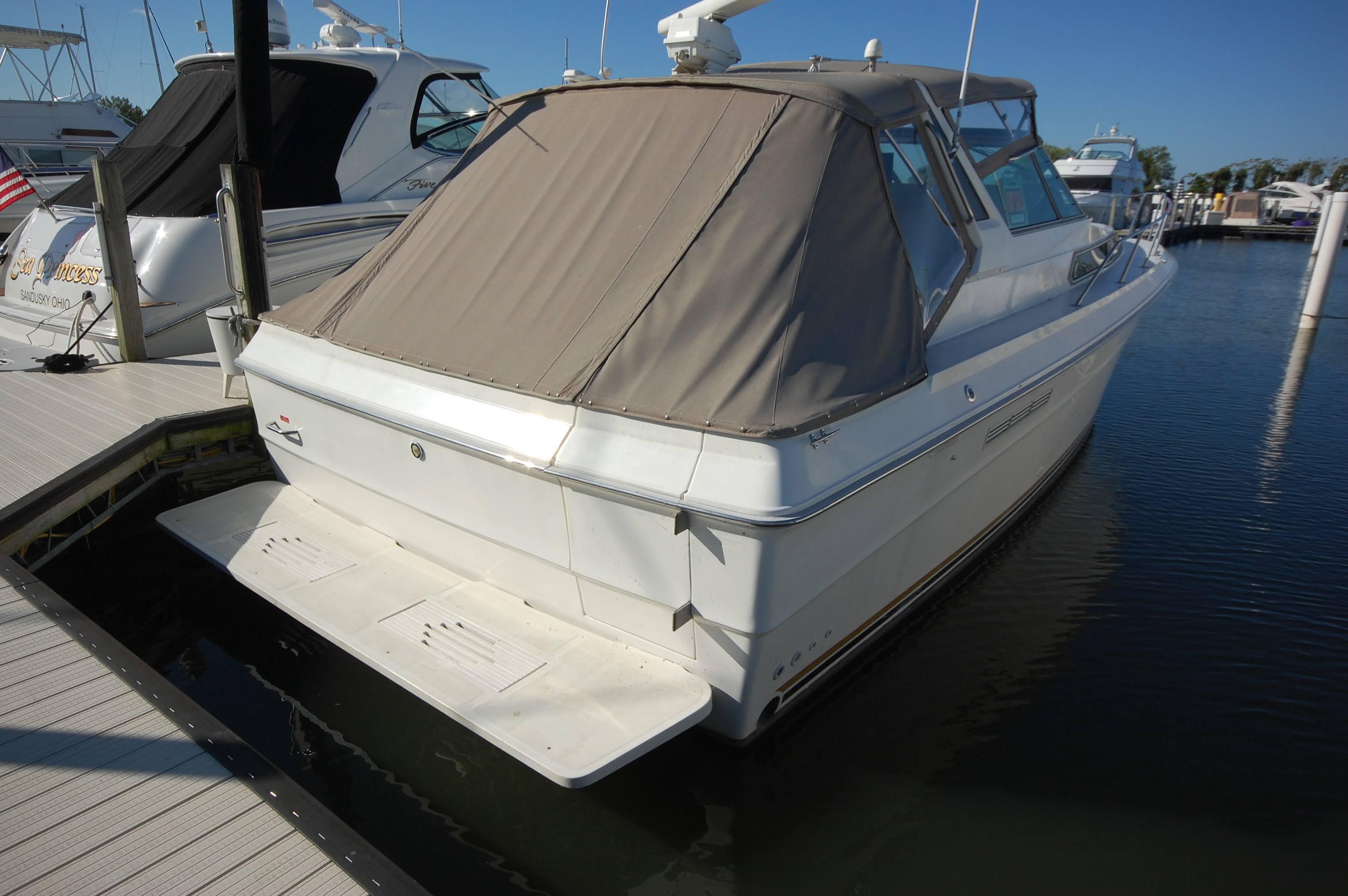 O 6439 HG Knot 10 Yacht Sales