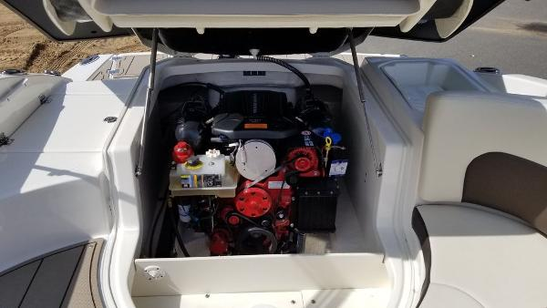 2021 Chaparral boat for sale, model of the boat is 237 SSX & Image # 15 of 24