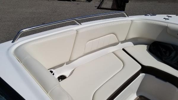 2021 Chaparral boat for sale, model of the boat is 237 SSX & Image # 23 of 24