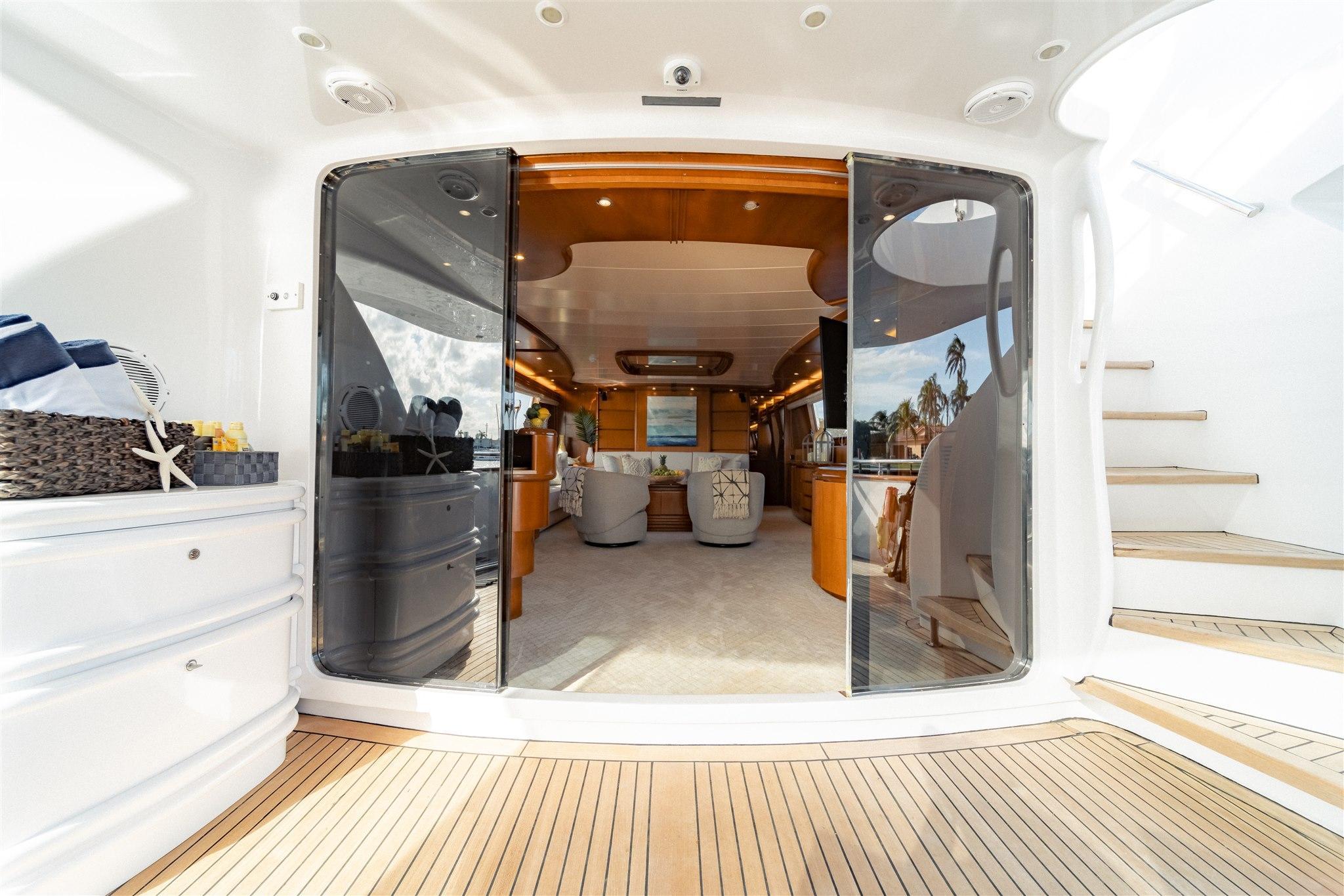 Maiora 96 Motor Yacht Aft Deck