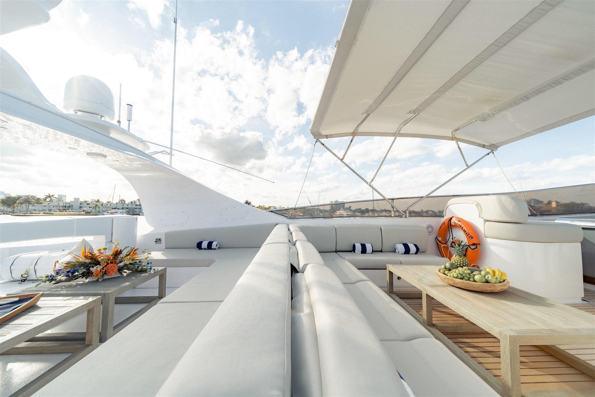 Maiora 96 Motor Yacht Bridge