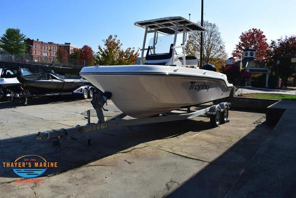 2021 Bayliner boat for sale, model of the boat is Trophy 20CC & Image # 5 of 48