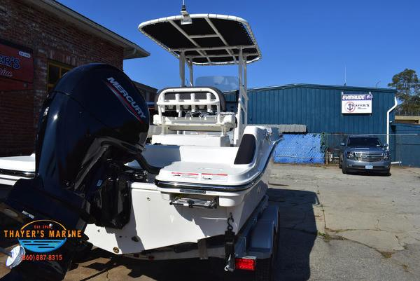 2021 Bayliner boat for sale, model of the boat is Trophy 20CC & Image # 6 of 48