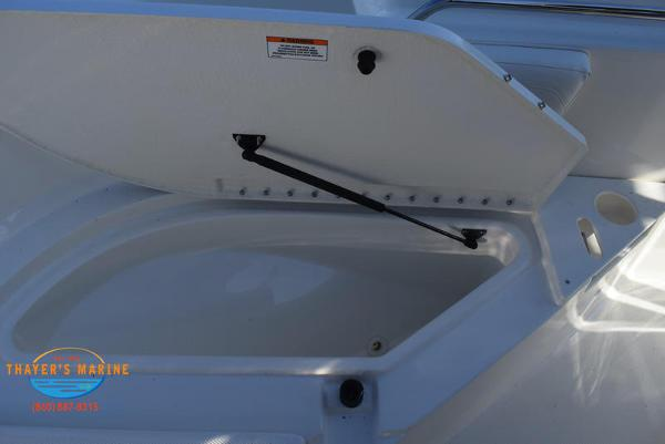 2021 Bayliner boat for sale, model of the boat is Trophy 20CC & Image # 12 of 48