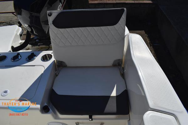 2021 Bayliner boat for sale, model of the boat is Trophy 20CC & Image # 46 of 48