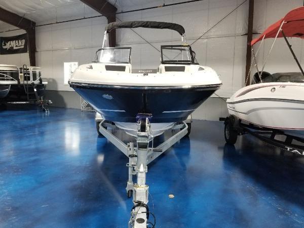 2021 Bayliner boat for sale, model of the boat is VR5 & Image # 1 of 9
