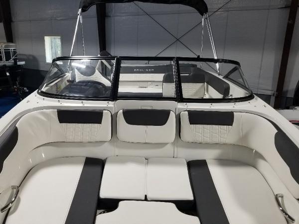 2021 Bayliner boat for sale, model of the boat is VR5 & Image # 7 of 9