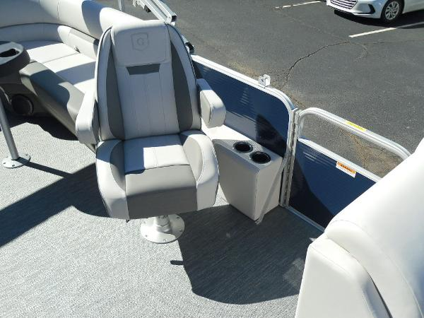 2021 Godfrey Pontoon boat for sale, model of the boat is SW 2286 SBX Sport Tube 27 in. & Image # 14 of 33