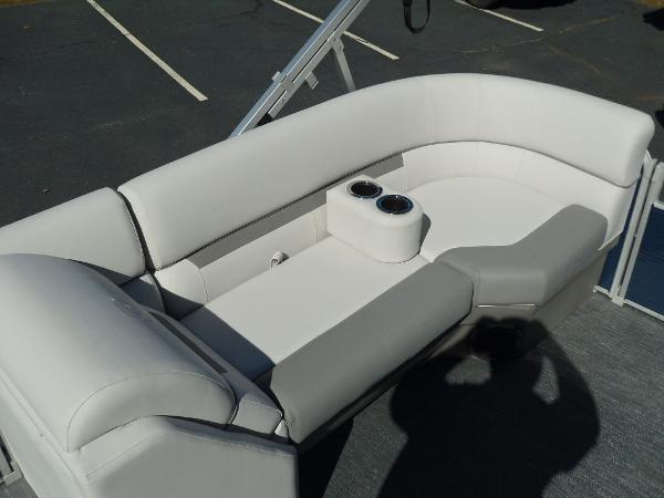 2021 Godfrey Pontoon boat for sale, model of the boat is SW 2286 SBX Sport Tube 27 in. & Image # 19 of 33