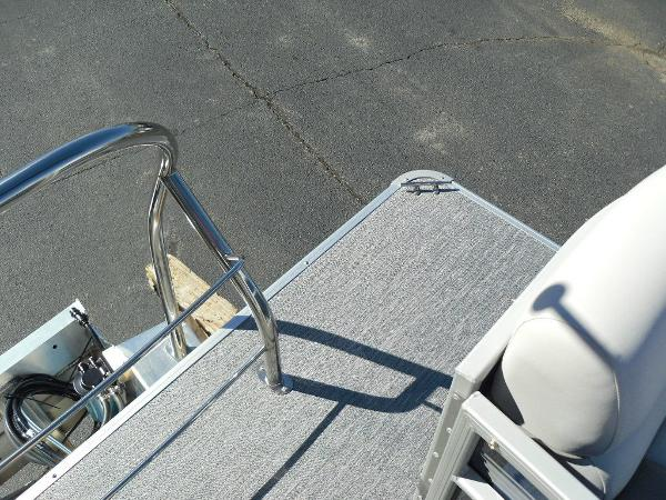 2021 Godfrey Pontoon boat for sale, model of the boat is SW 2286 SBX Sport Tube 27 in. & Image # 25 of 33