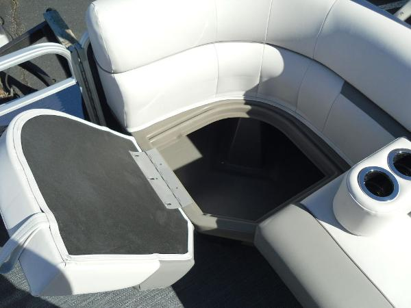 2021 Godfrey Pontoon boat for sale, model of the boat is SW 2286 SBX Sport Tube 27 in. & Image # 30 of 33