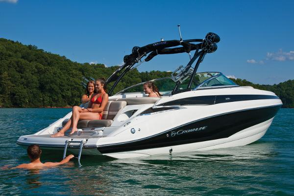 2021 Crownline boat for sale, model of the boat is 255 SS & Image # 2 of 9