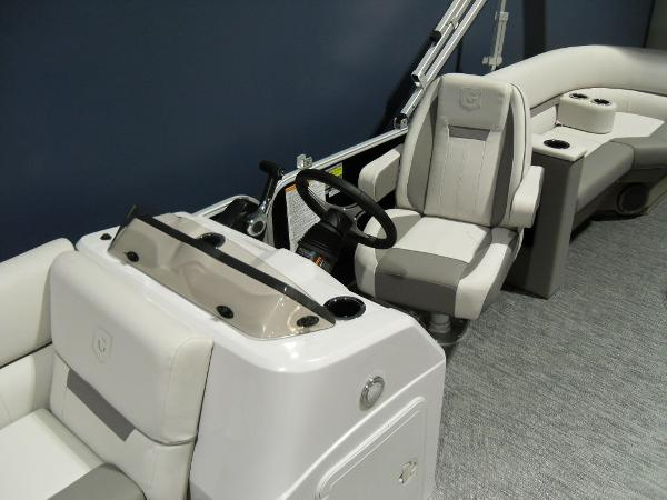 2021 Godfrey Pontoon boat for sale, model of the boat is SW 2286 SBX Sport Tube 27 in. & Image # 7 of 42
